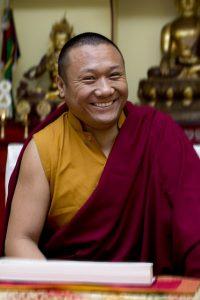 "Tulku Dakpa undervisning: ""37 practices of Bodhisattvas"""